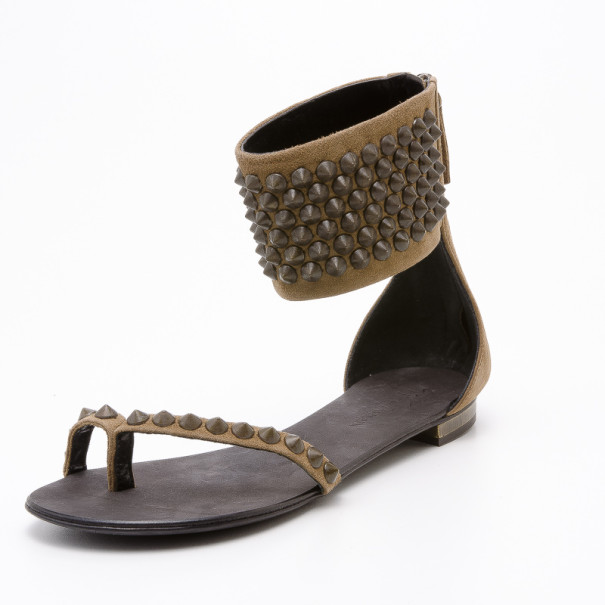 Giuseppe Zanotti pour Balmain Brown Suede Gladiator Studded Flat Sandals Size 38.5