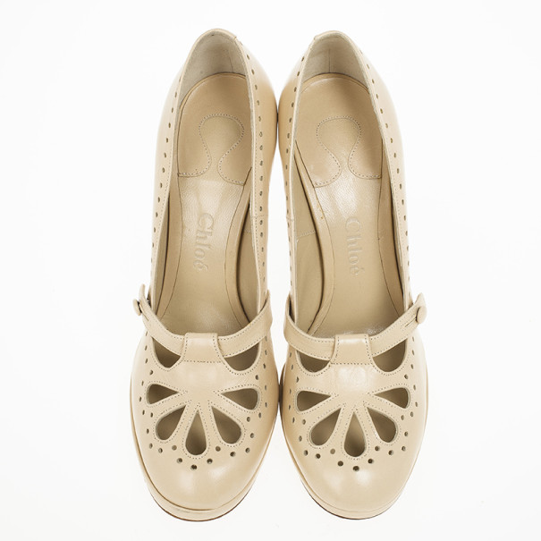 Chloe Cream Leather Cutout Pumps Size 37.5