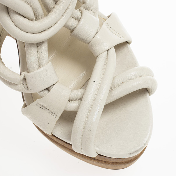 Gucci Off White Leather Kotao Wedge Sandals Size 36