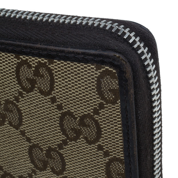 Gucci Brown Canvas Interlocking G Zip Around Continental Wallet