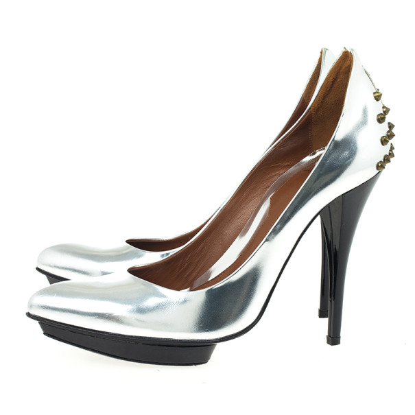 McQ by Alexander McQueen Silver Studded Metallic Pointed Toe Pumps Size 41