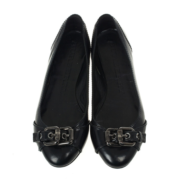 Burberry Black Leather Buckle Ballet Flats Size 37.5