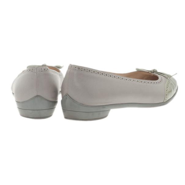 Salvatore Ferragamo Grey Patent Graziosa Bow Ballet Flats Size 37.5