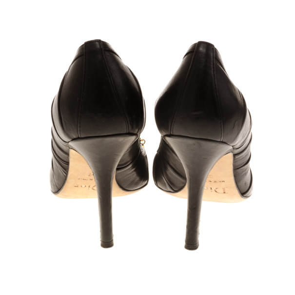 Dior Black Pleated Leather Pumps Size 37