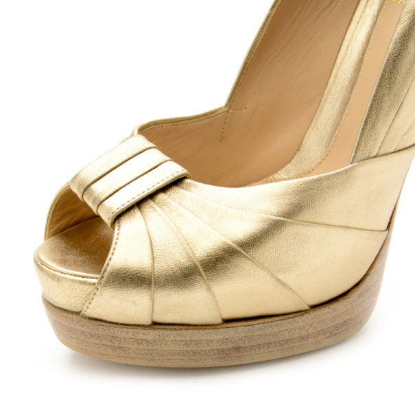 Fendi Gold Metallic Leather Pleated Peep Toe Platform Pumps Size 39