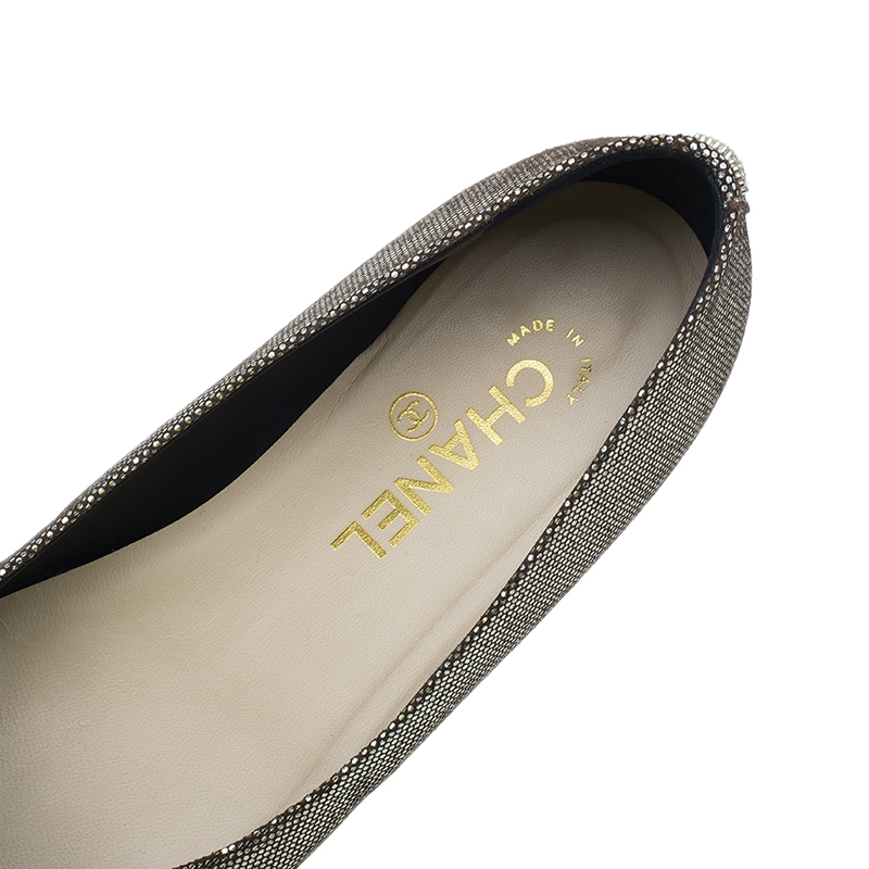 Chanel Gold and Black Ballet Flats Size 38