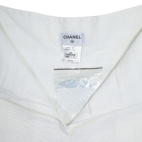 Chanel High Waist Pleated Shorts M
