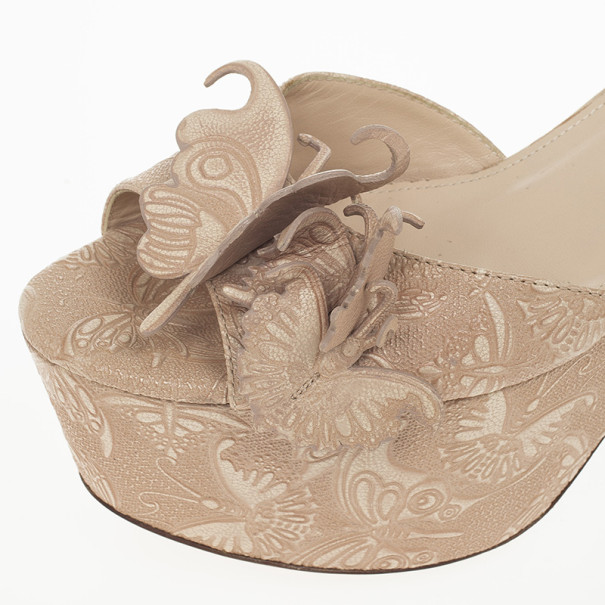 Bottega Veneta Butterfly-Embossed Ankle Wrap Platform Wedge Sandals Size 38.5