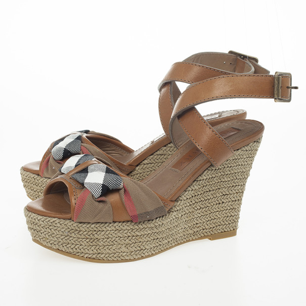 Burberry Washed Housecheck Donegall Wedge Sandals Size 37