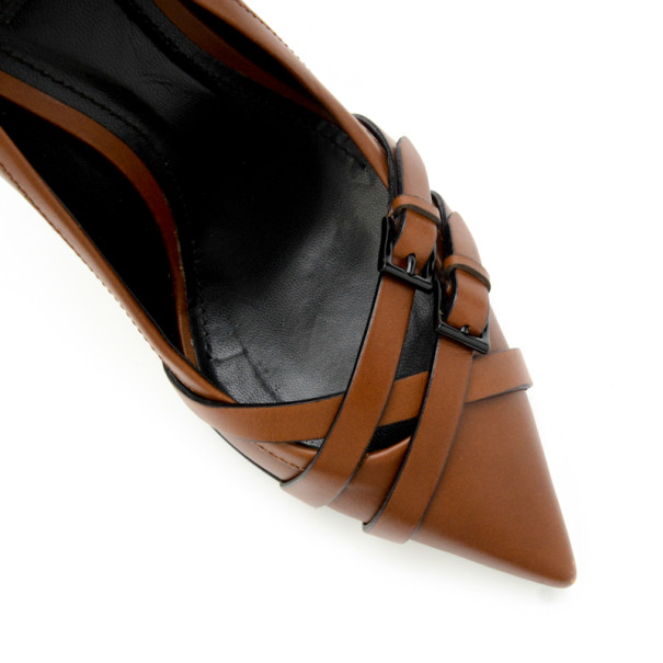 Burberry Brown Leather Pointed Toe Buckle Pumps Size 39