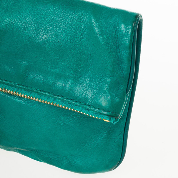 Gucci Emerald Lucy Fold-over Bamboo Detail Tassel Clutch