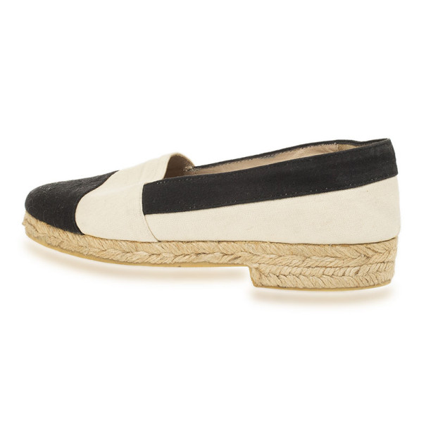 Chanel Black & White CC Espadrilles Size 37