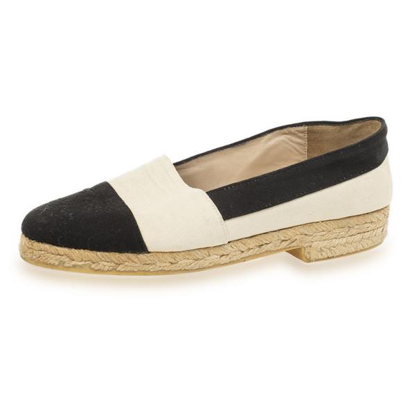 Chanel Black & White CC Espadrilles Size 37