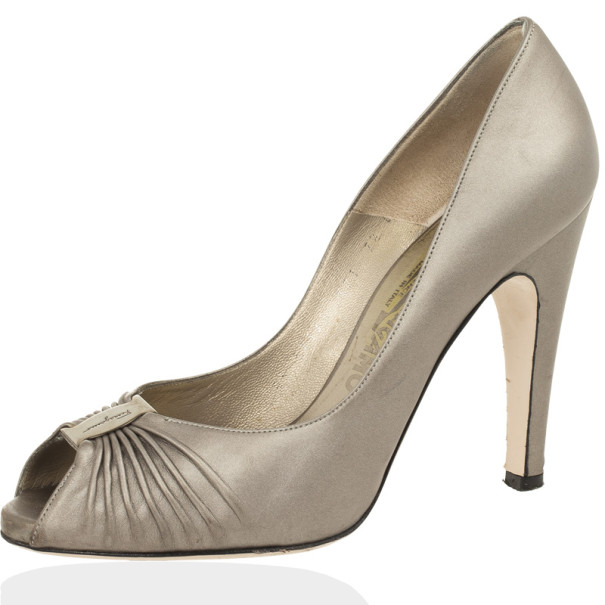 Salvatore Ferragamo Metallic Leather Fiberia Peep Toe Pumps Size 38