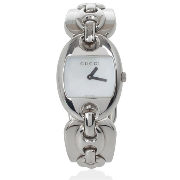 Gucci 121.5 MOP SS Marina Chain Womens Wristwatch 26 MM