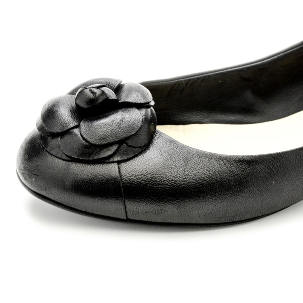 Chanel Black Leather Camelia Flower Ballet Flats Size 37.5