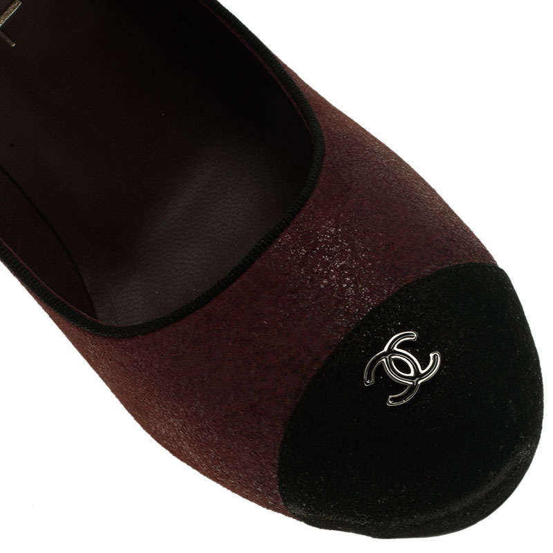 Chanel Burgundy Suede CC Cap Toe Pumps Size 38.5