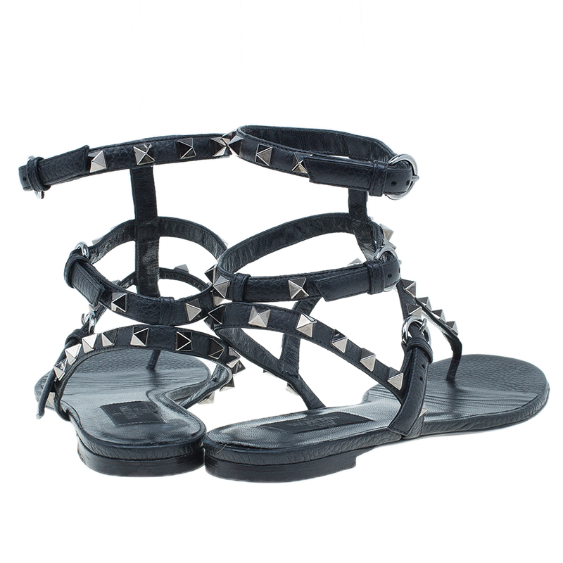 Valentino Black Leather Rockstud Thong Gladiator Sandals Size 37