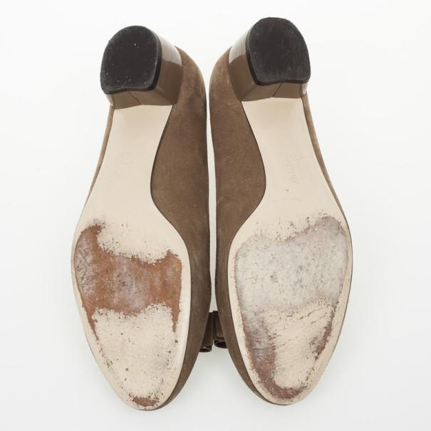 Salvatore Ferragamo Vara Block Heel Pumps Size 39