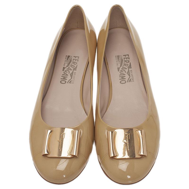Salvatore Ferragamo Beige Leather Sun Ballet Flats Size 40.5