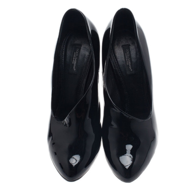 Dolce and Gabbana Black Patent Pumps Size 39