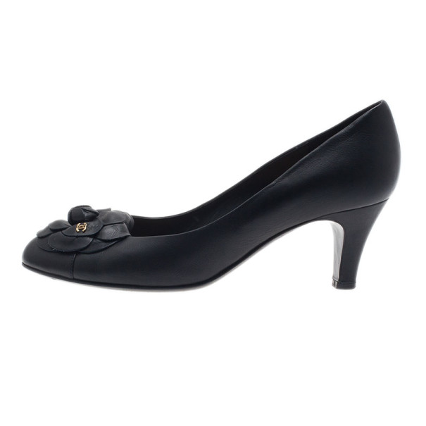 Chanel Black Leather Camellia Pumps Size 40