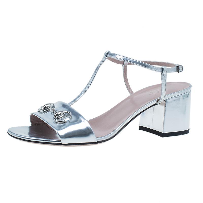 Gucci Silver Metallic Leather Horsebit Detail T-Strap Sandals Size 40