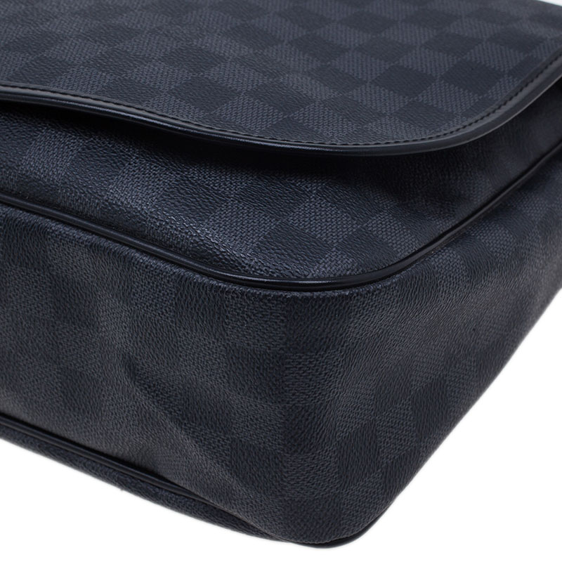 Louis Vuitton Damier Graphite Renzo Messenger Bag