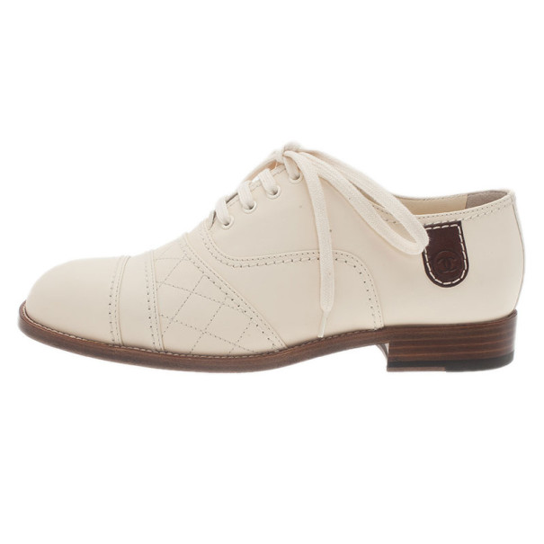 Chanel Cream Leather Oxfords Size 38