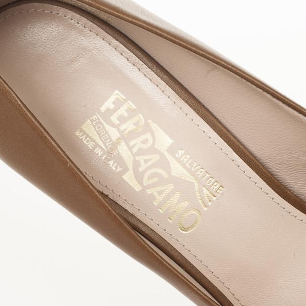 Salvatore Ferragamo Brown Leather Detail Pumps Size 39.5