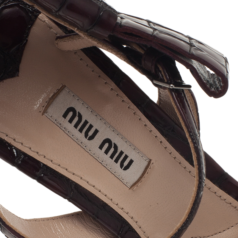 Miu Miu Burgundy Croc Embossed Coco Bow Detail Sandals Size 36