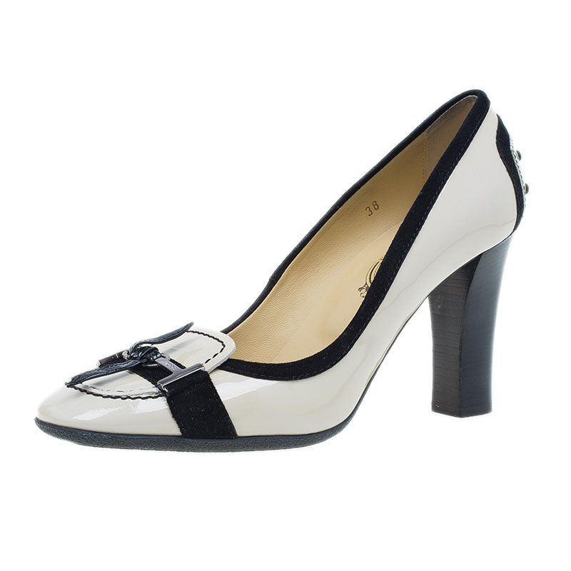 Tod's Beige Patent Leather Loafer Pumps Size 38