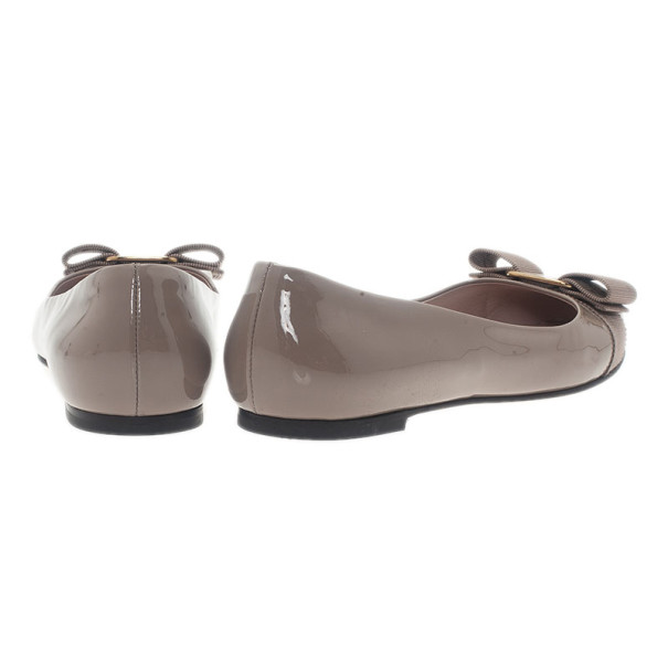 Salvatore Ferragamo Nude Patent Varina Ballet Flats Size 36