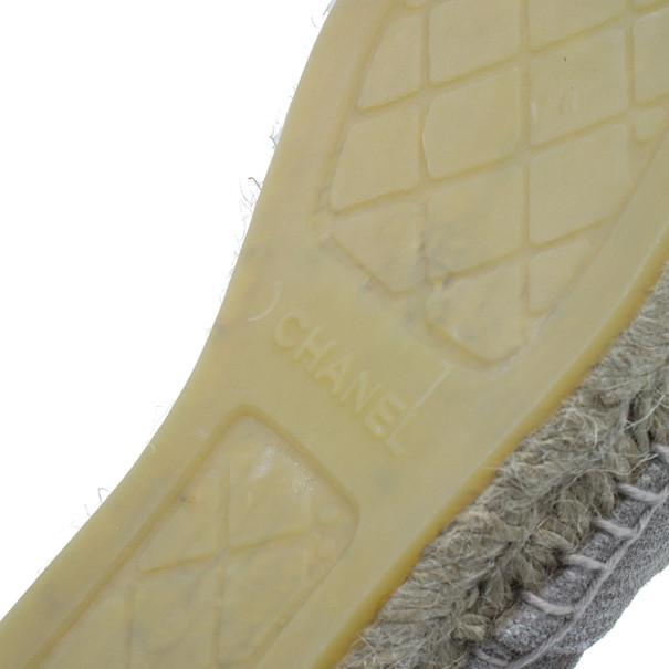 Chanel Beige Suede CC Espadrilles Size 39