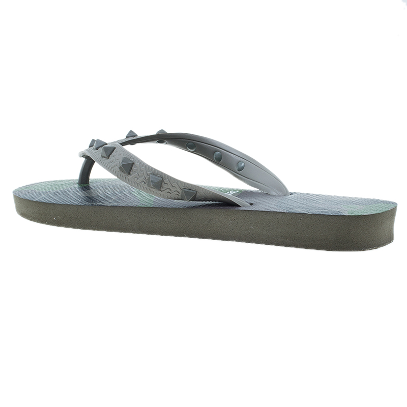 valentino by havaianas beige rockstud camo print flip flops size 37 38 buy sell lc. Black Bedroom Furniture Sets. Home Design Ideas