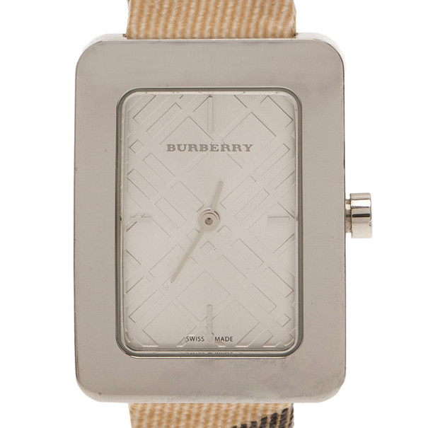 Burberry Silver Stainless Steel 10247/BU1154 Women's Wristwatch 25MM