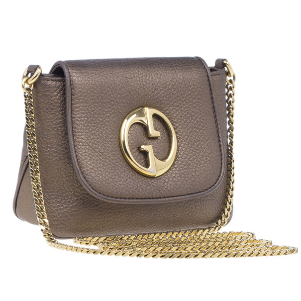 Gucci Metallic Gold Leather Small Logo Detail Chain Link Crossbody Bag