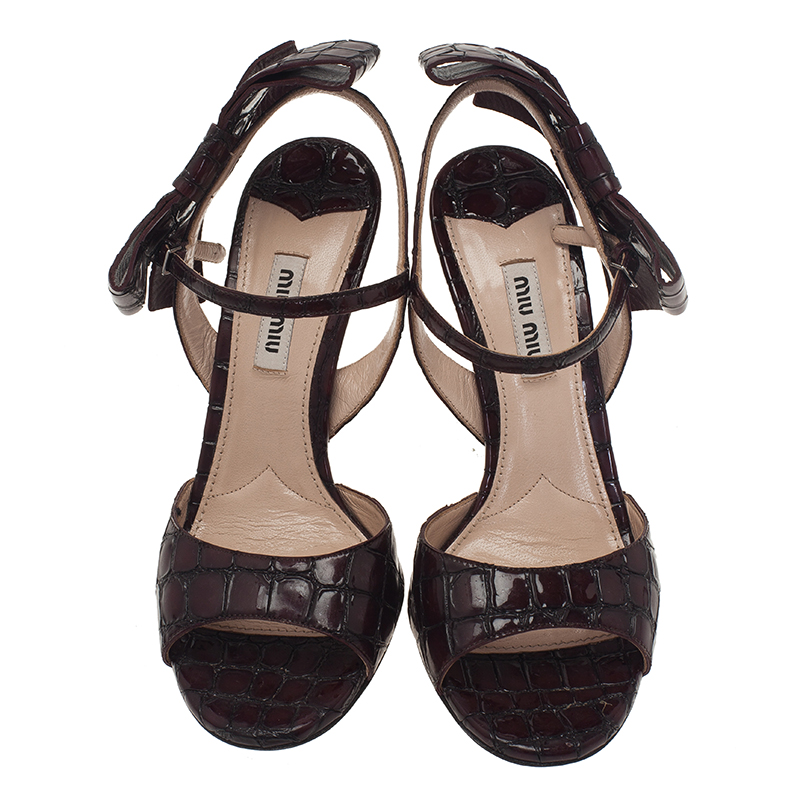 Miu Miu Burgundy Croc Embossed Coco Bow Detail Sandals Size 36