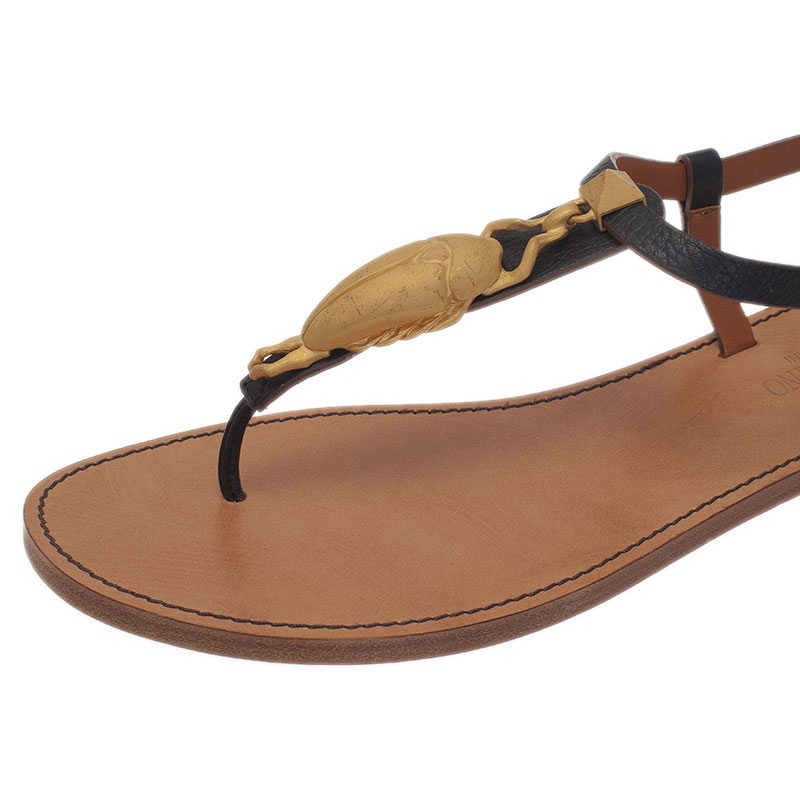 Valentino Black Leather Scarab Detail Thong Sandals Size 39