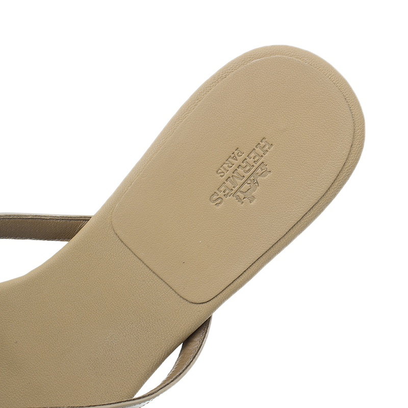 Hermes Beige Patent Corfou Thong Sandals Size 40