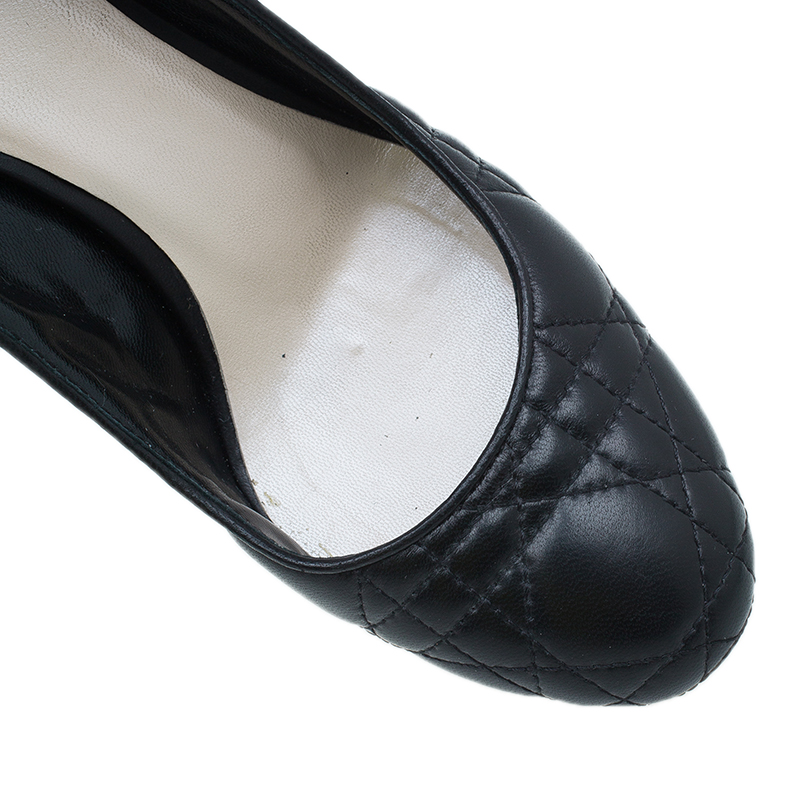 Dior Black Quilted Cannage Leather Pumps Size 35