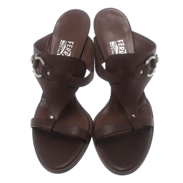 Salvatore Ferragamo Brown Leather Gancini Bit Slides Size 40
