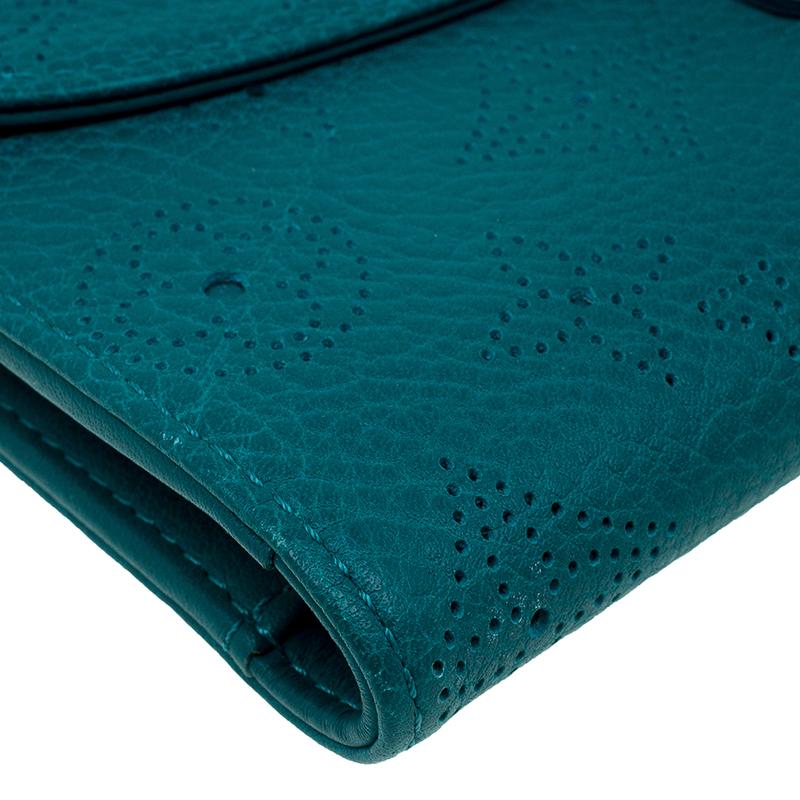Louis Vuitton Green Monogram Mahina Leather Amelia Wallet