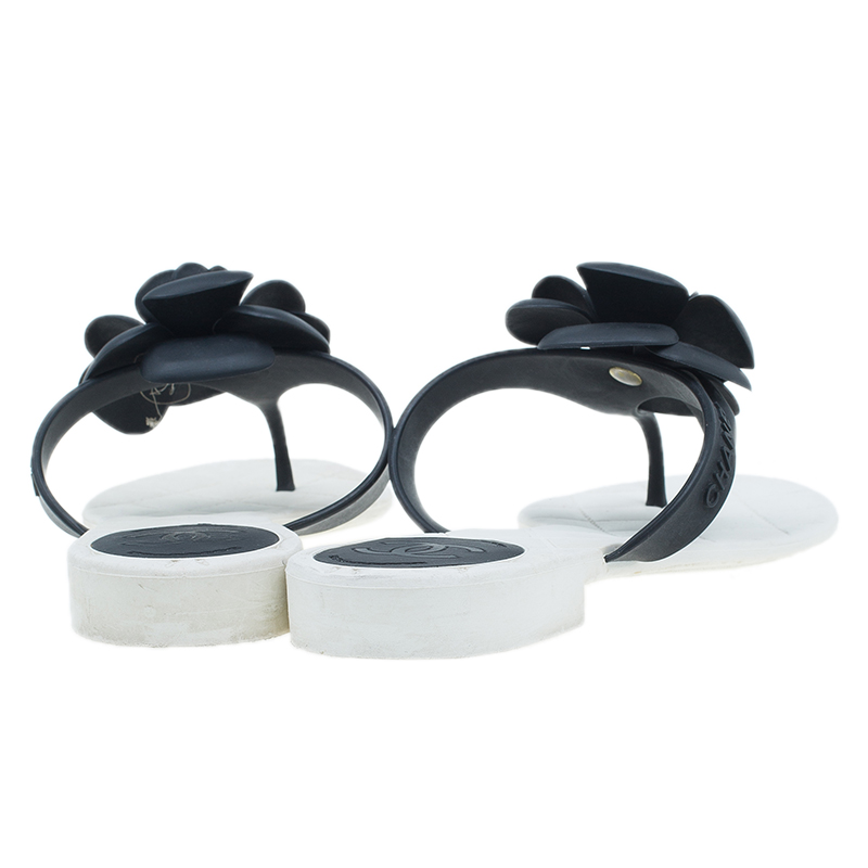 Chanel White and Black Camellia Flower Jelly Quilted Thong Sandals Size 38