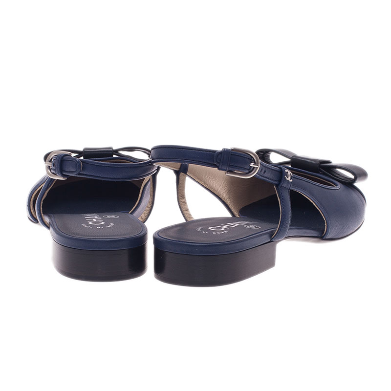 Chanel Blue and Black Leather Bow Flat Slingback Sandals Size 39