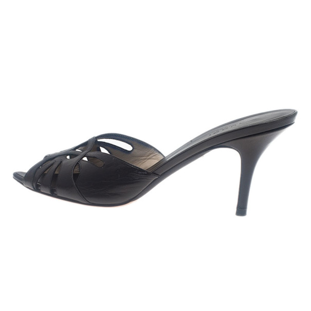 Gucci Black Leather Pointed Toe Slides Size 38