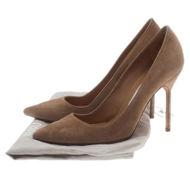 Manolo Blahnik Beige Suede BB Pointed Toe Pumps Size 36