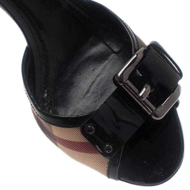 Burberry Novacheck Buckle Slides Size 38