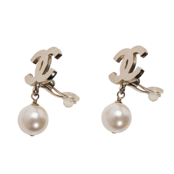 Chanel CC Pearl Earrings