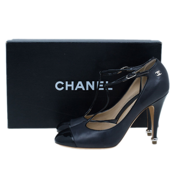 Chanel Black Leather CC T Strap Pumps Size 39